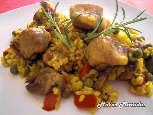 paella de arroz con costilla de cerdo